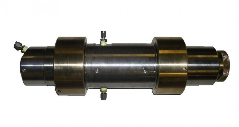 Triaxial Core Holder